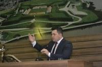 Acácio Favacho cobra da Prefeitura debate sobre a concessão do aterro sanitário de Macapá
