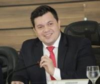 Acácio Favacho conquista doação definitiva do terreno para a Câmara Municipal de Macapá.