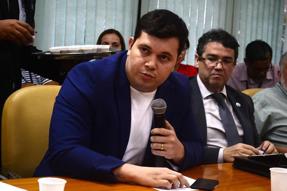 Acácio Favacho participa de reunião com o governador Waldez Góes para discutir sobre região metropolitana de Macapá.