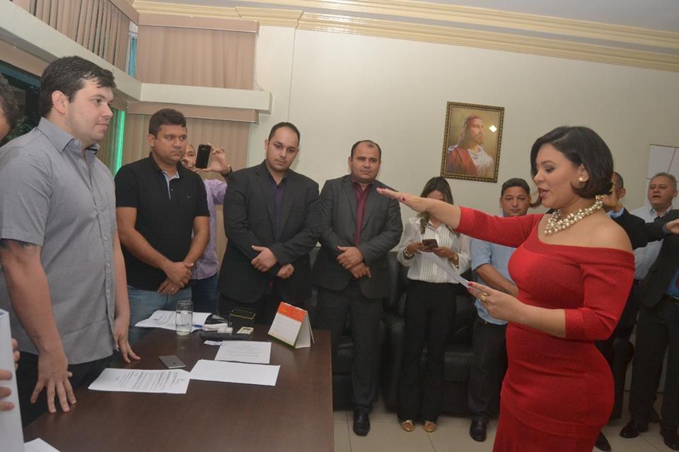Adrianna Ramos é empossada vereadora de Macapá