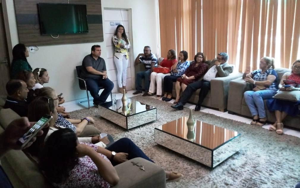 Servidores da CMM são recebidos pelo presidente Ruzivan Pontes