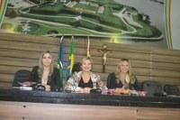 Câmara de Vereadores homenageia mães servidoras do Legislativo Municipal.