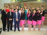 Câmara de Vereadores realiza sessão solene em homenagem às mulheres.