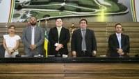 Câmara elege Mesa Diretora e Acácio Favacho é presidente pela 4º vez em Macapá.
