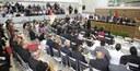 Câmara Municipal de Macapá homenageia personalidades durante sessão solene.