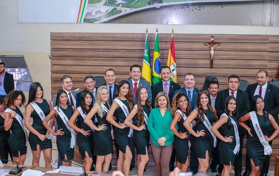 Candidatas a Miss dos Bairros são recebidas pelos vereadores de Macapá