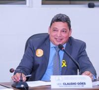 Cláudio Góes pede reforma da arena esportiva do Muca