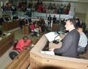 Comunidade cobra melhorias nas vias durante audiência pública na Câmara de Vereadores.