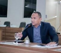 Didio Silva requer benefícios para Macapá.