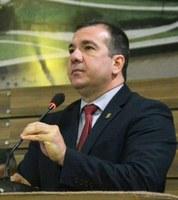 Doação de 100 toneladas de asfalto para Oiapoque provoca debate na Câmara de Vereadores de Macapá