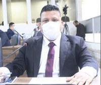 Gabriel Andrade cobra serviços para os barros Marabaixo e Trem