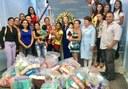 Maraína Martins faz entrega de fraldas arrecadadas em seu aniversário solidário, ao Hospital da Criança.