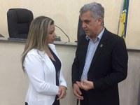 Maraína Martins participa de debate sobre saúde neonatal.