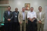 Mesa Diretora da Câmara de Macapá recepciona diretores da Rede Amazônica de Televisão.