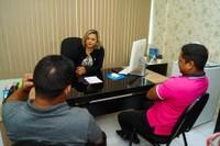 Patriciana Guimarães (PRB), recebe em seu gabinete Lilian Franken- presidente do Conselho Comunitário da região do Pacuí e Hildo Pantoja - vice presidente.