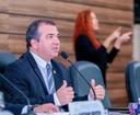 Presidente Marcelo Dias anuncia alteração no Regimento Interno para evitar faltas de vereadores.