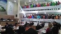 Projeto de Lei que prevê a regulamentação do transporte por aplicativo deverá ser votado em 15 dias, diz vereador