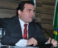 Ruzivan Pontes assume Prefeitura de Macapá