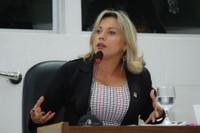 Solicitações legislativas da vereadora Patriciana Guimarães são aprovadas em sessão plenária