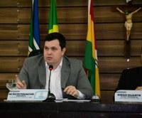 Vereador Acácio Favacho pede asfaltamento para Ruas do Jardim Felicidade e Novo Buritizal