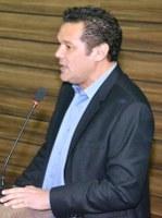 Vereador Carlos Murilo reconhece empenho da Prefeitura de Macapá em iluminar o loteamento Alphaville