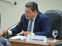 Vereador Cláudio Góes reclama da falta de água no bairro Açaí