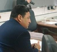 Vereador Cláudio questiona gastos da Prefeitura de Macapá com aluguel de carros