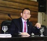 Vereador Diego Duarte propõe criação de Capela Mortuária Pública em Macapá.