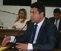 Vereador Diogo Senior opina sobre o papel do policiamento escolar