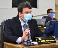 Vereador João Mendonça busca melhoria na infraestrutura para as Avenidas 8 e 9 do Marabaixo II