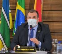 Vereador Marcelo Dias defende limpeza e asfaltamento para a Avenida 9, no Bairro Marabaixo