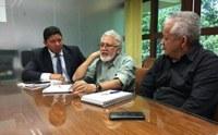 Vereador Odilson Nunes solicita reforma de passarelas à Seinf.