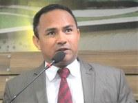 Vereador Pastor Didio Silva desaprova doação de 100 toneladas de asfalto para Oiapoque