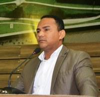 Vereador Pastor Didio Silva provoca debate sobre falta de vagas e de ventilares em escolas da rede municipal