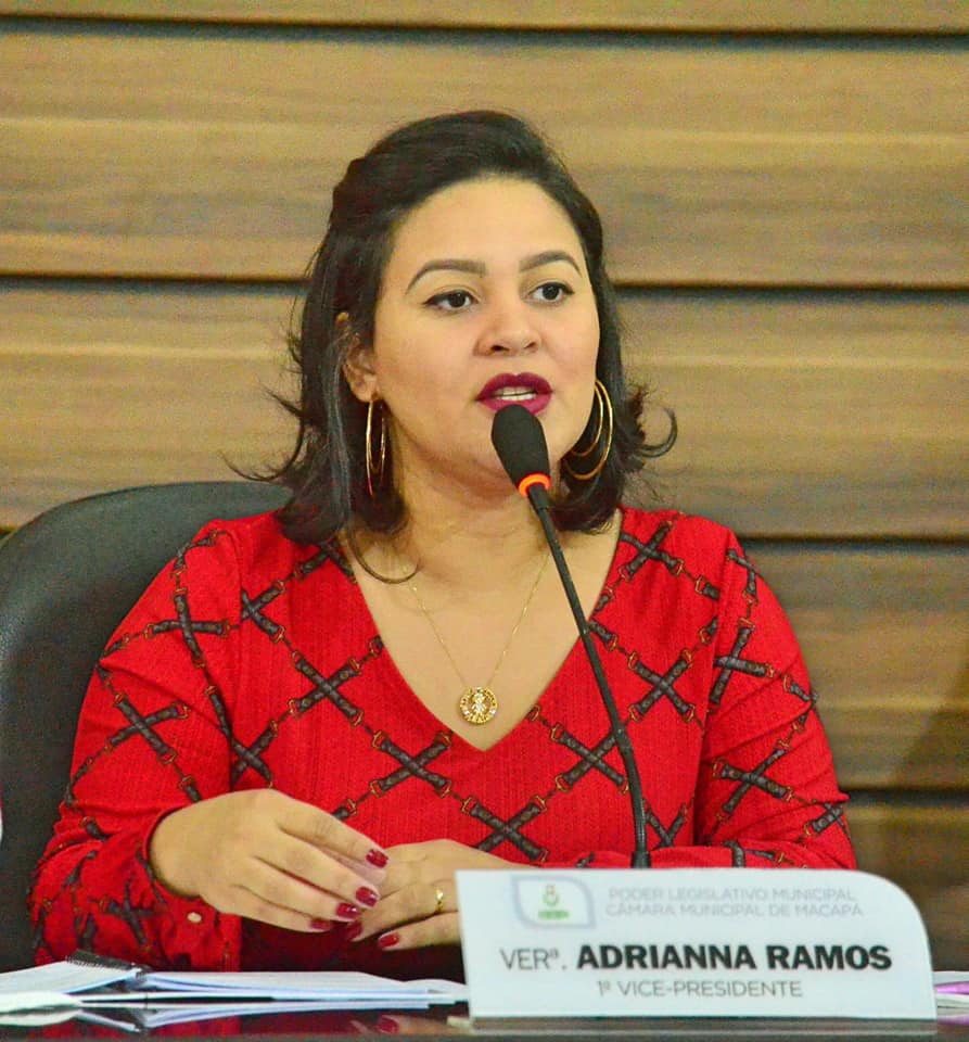 Vereadora Adrianna Ramos aponta problemas na capital e encaminha pedidos de soluções