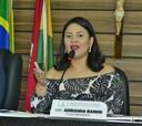 Vereadora Adrianna Ramos reivindica asfaltamento para ruas de Macapá