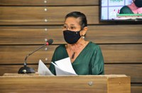 Vereadora Janete Capiberibe solicita reparos e melhorias para o tráfego em vias de Macapá