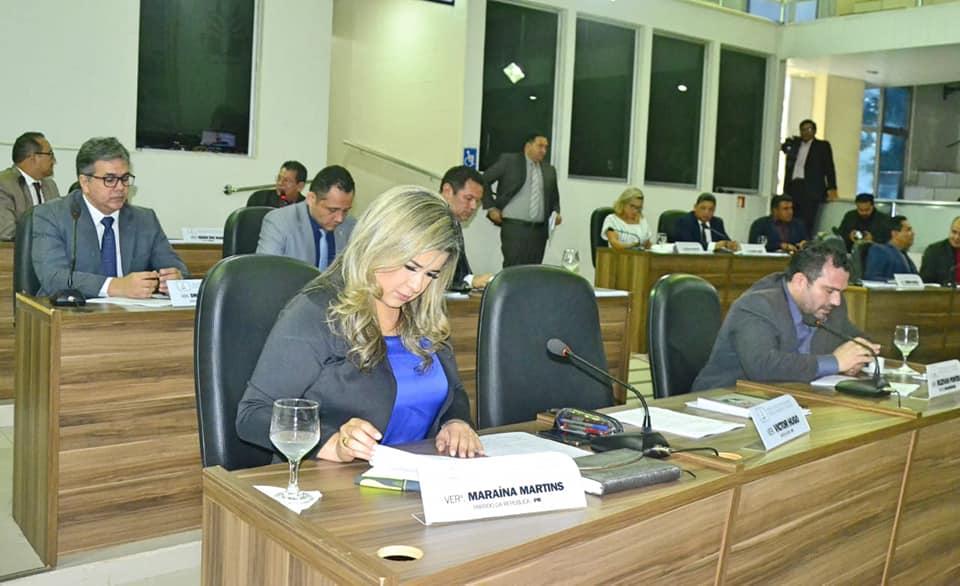 Vereadora Maraína Martins dispensa licença maternidade e continua trabalhos na CMM