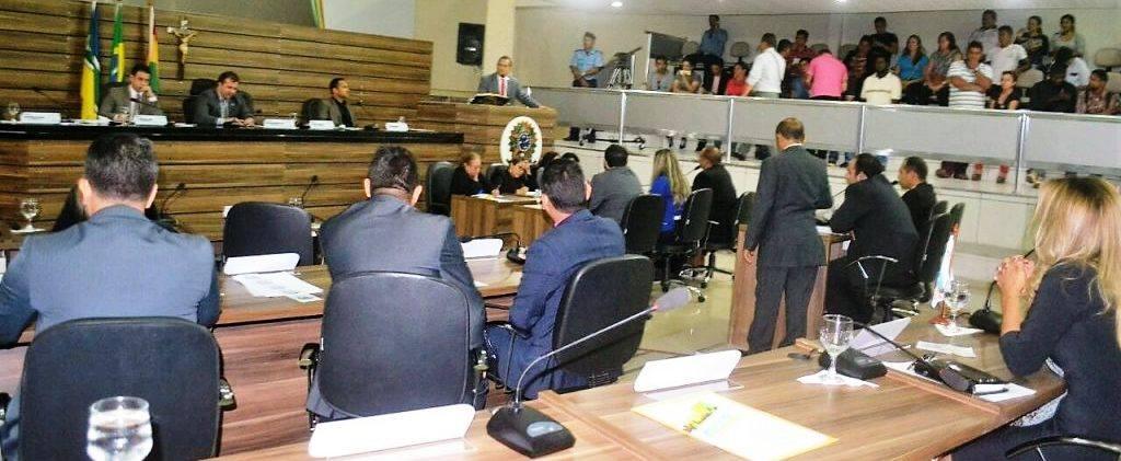 Vereadores aprovam diversas matérias durante sessão na CMM