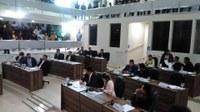 Vereadores aprovam e debatem diversos assuntos na CMM