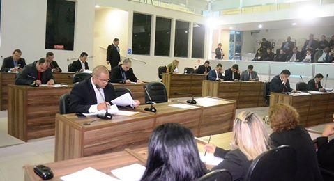 Vereadores de Macapá debatem diversos problemas da capital.
