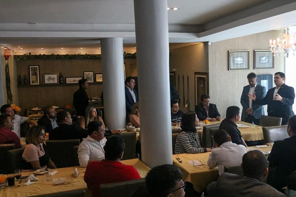 Vereadores de Macapá participam de encontro com o presidente do senado Davi Alcolumbre.