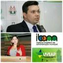 Vereadores e autoridades discutem administração pública e ambiental durante encontro em Macapá.