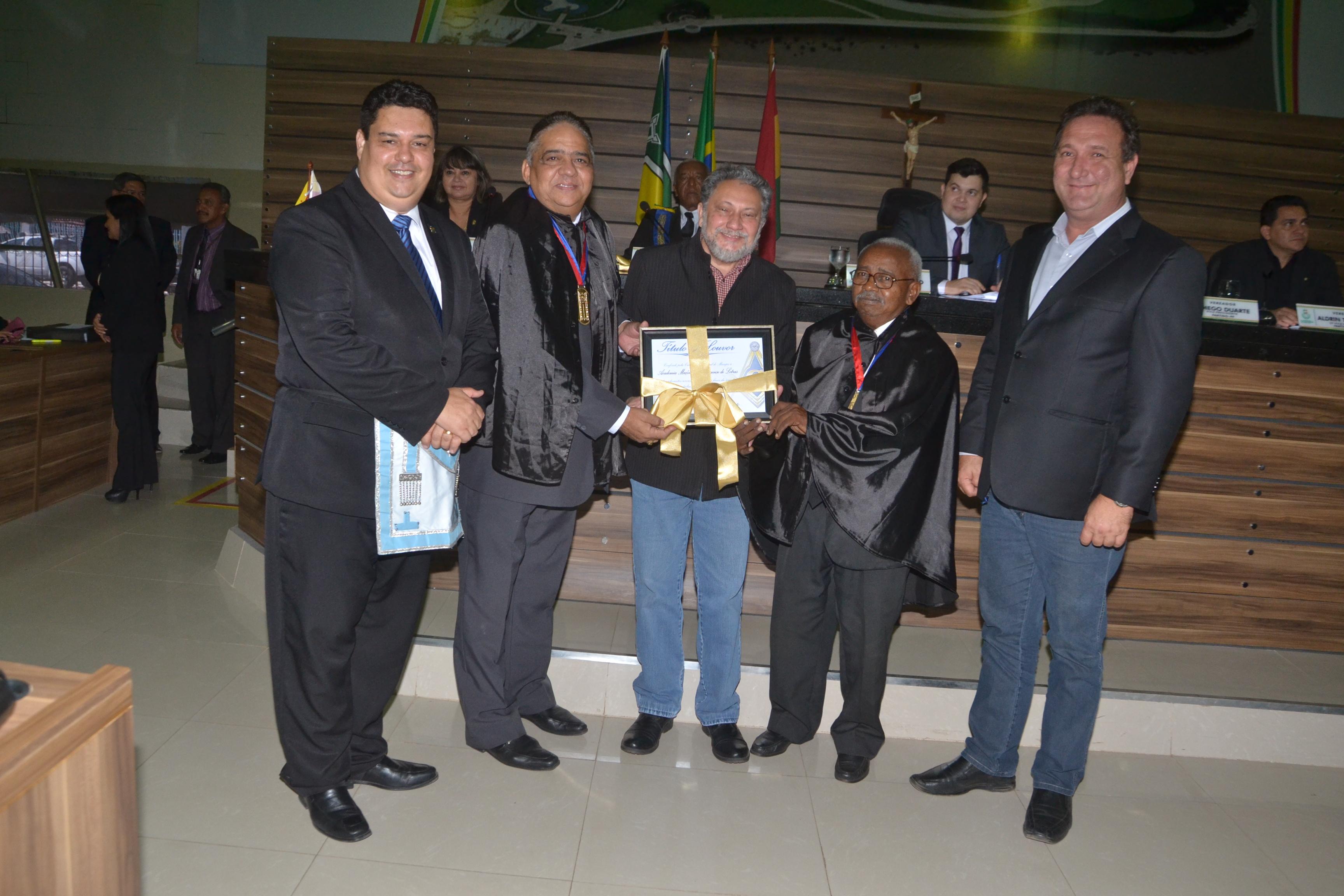 Vereadores homenageiam maçons do Amapá com entrega de Título de Louvor