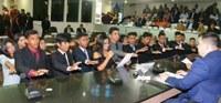 Vereadores jovens realizam última sessão ordinária
