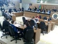 Vereadores participam de mais uma sessão presencial e aprovam inúmeras proposituras