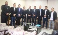Vereadores são recebidos pelo presidente do Tribunal de Justiça do Amapá.