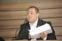 Washington Picanço questiona contrato feito pela Macapá Previdência.